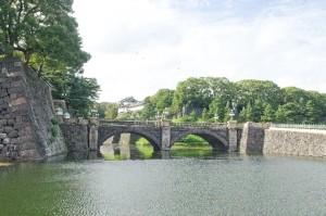 Nijyubashi, double bridge